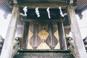 筑波山女体山頂にある筑波山神社の本殿。筑波女大神(ツクバメノオオカミ)が祀られる