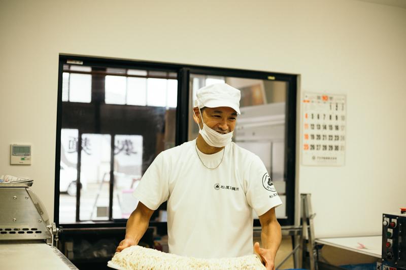 松屋製麺所店主の川村さん