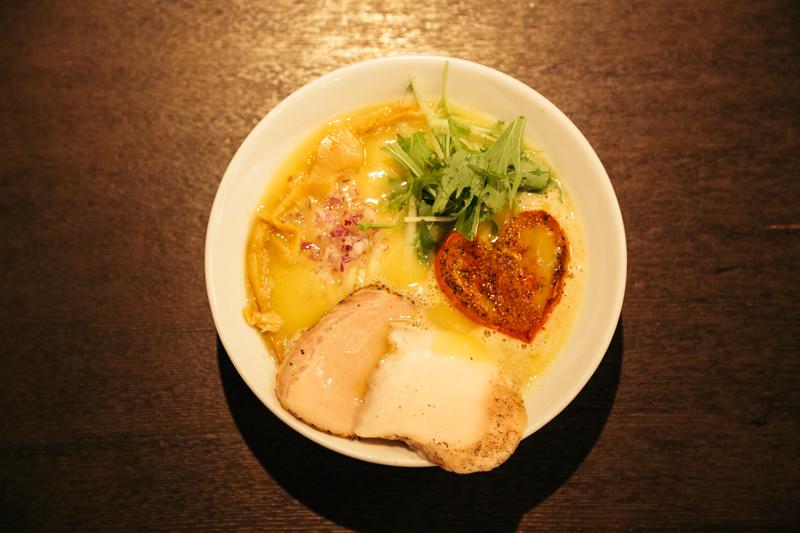 麺屋 京介の「鶏白湯(しお)」
